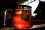 dzbanek z herbatą